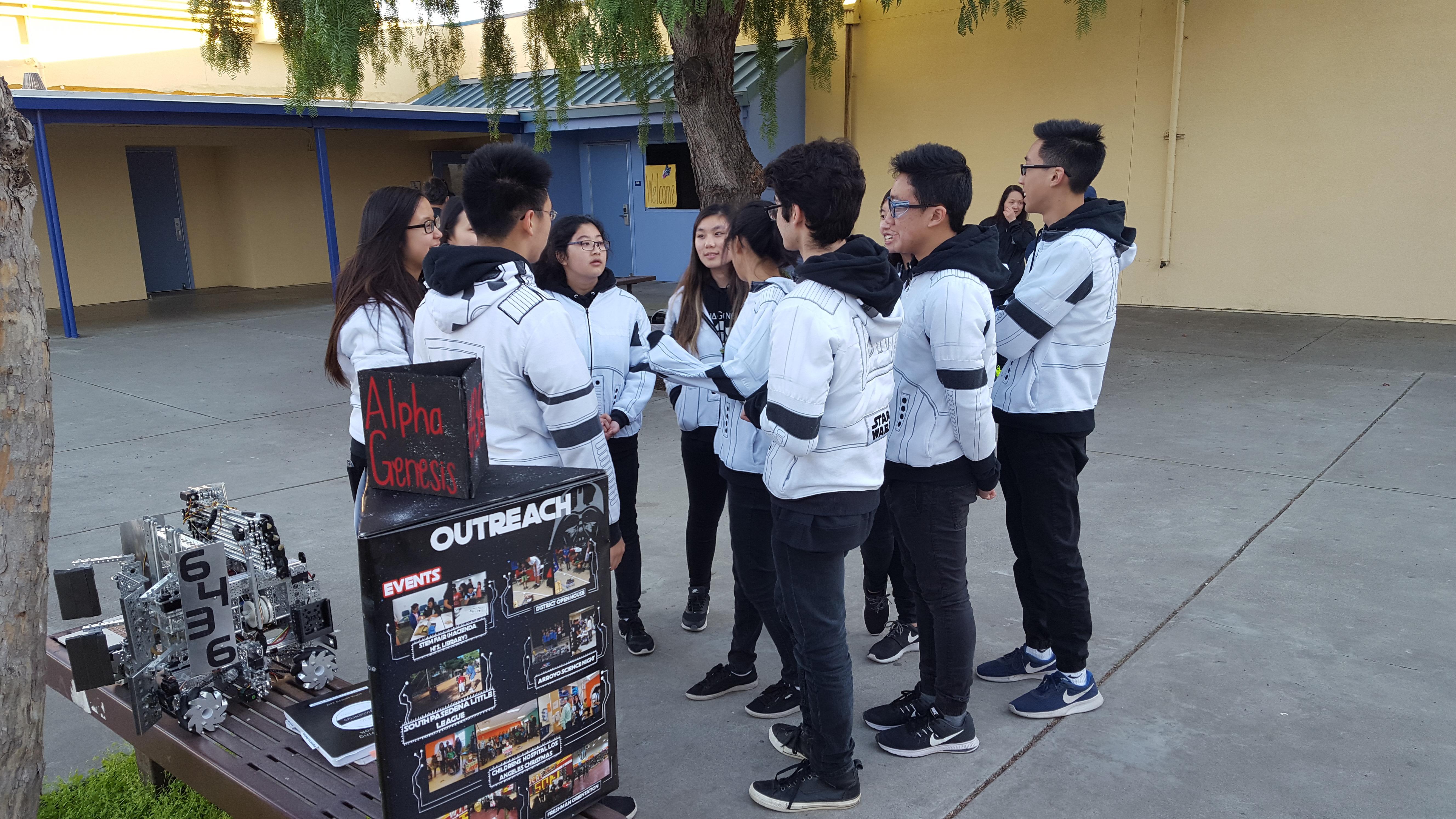 Photo provided by Mr. Han (robotics)